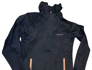 Vineyard Vines navy with pink detail on pocket and zipper Jacket