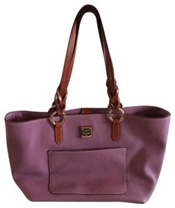 Dooney & Bourke Tote in mauve
