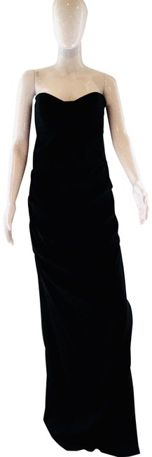 Item - Black Strapless Silk Gown Long Formal Dress Size 12 (L)