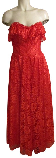 Item - Red Vintage Strapless Lace Long Formal Dress Size 4 (S)