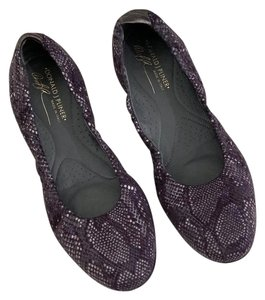 Donald J. Pliner purple Flats