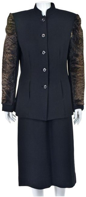 Item - Black Wool Crepe with Persian Lamb Sleeves Skirt Suit Size 12 (L)