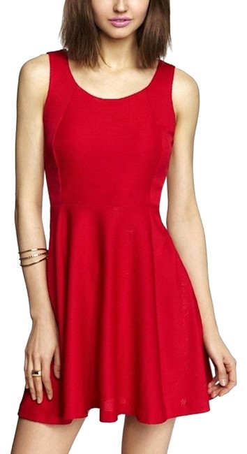 Item - Red XS Ribbed Fit & Flare Skater Mid-length Formal Dress Size 2 (XS)