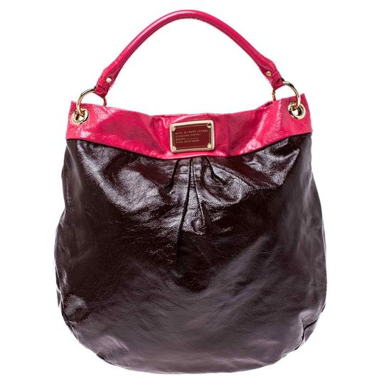 Preload https://img-static.tradesy.com/item/26471502/marc-by-marc-jacobs-brownpink-classic-q-hillier-brown-patent-leather-hobo-bag-0-0-540-540.jpg