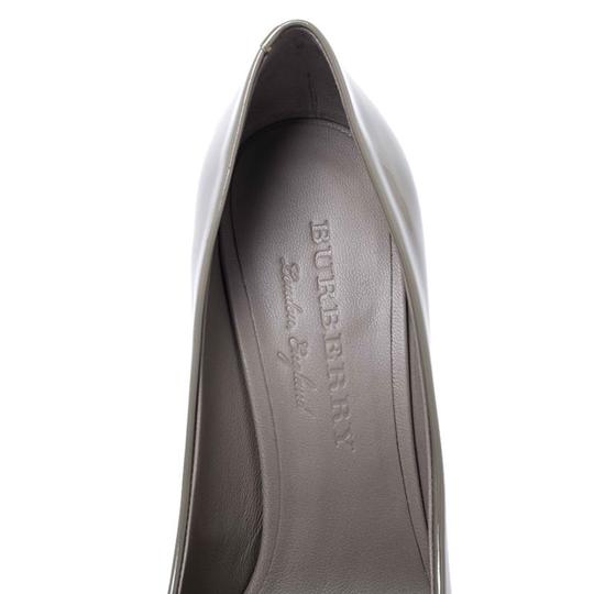 Burberry Patent Leather Pointed Toe Leather Grey Pumps Image 8
