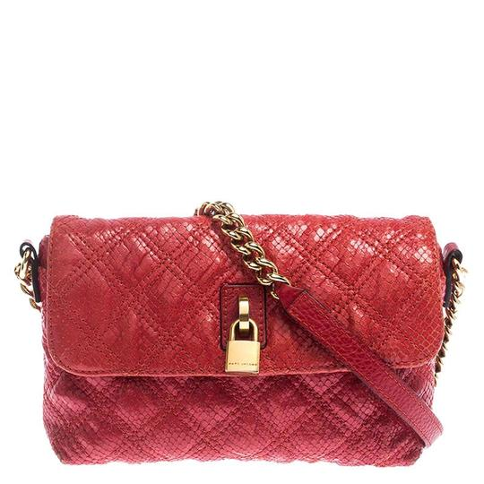 Preload https://img-static.tradesy.com/item/26471589/marc-jacobs-padlock-quilted-flap-red-leather-shoulder-bag-0-0-540-540.jpg