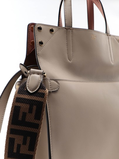Fendi Shoulder Bag Image 3