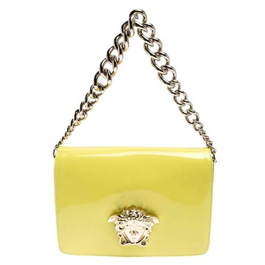 Preload https://img-static.tradesy.com/item/26471642/versace-neon-medusa-palazzo-yellow-patent-leather-shoulder-bag-0-0-540-540.jpg
