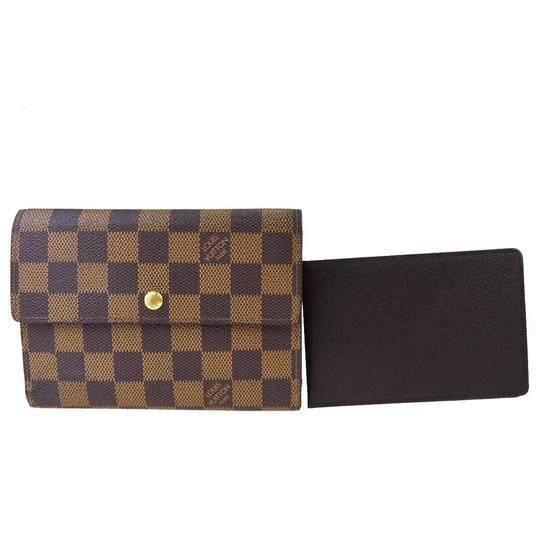 Preload https://img-static.tradesy.com/item/26471671/louis-vuitton-brown-tresor-porte-etui-papiers-trifold-purse-wallet-0-0-540-540.jpg