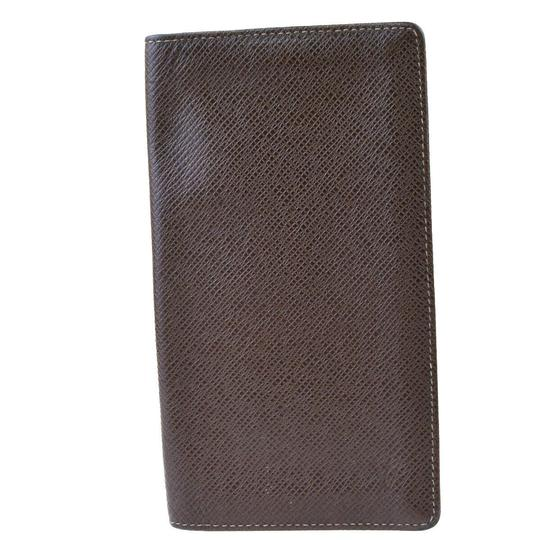 Louis Vuitton Authentic LOUIS VUITTON Long Bifold Wallet Taiga Leather Brown Image 5