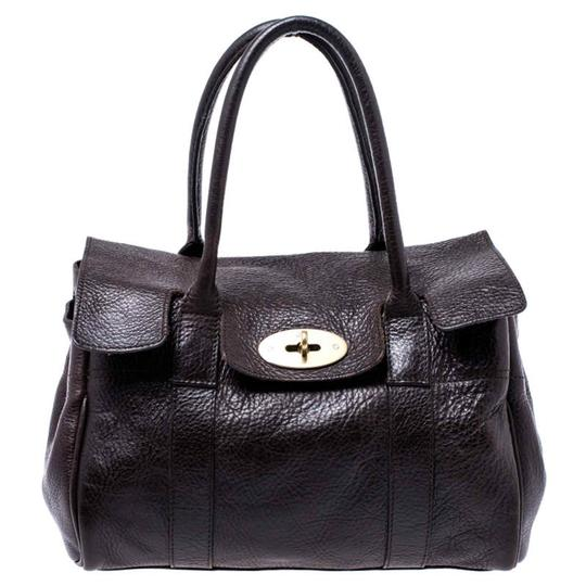 Preload https://img-static.tradesy.com/item/26472291/mulberry-small-bayswater-brown-leather-satchel-0-0-540-540.jpg