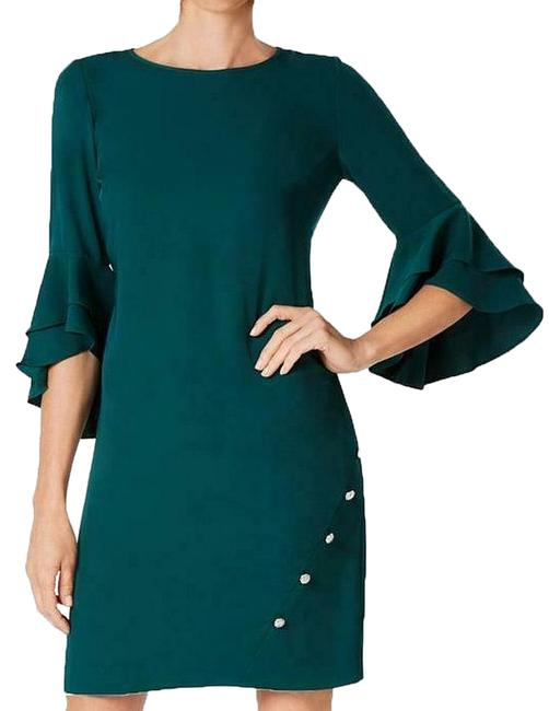 Item - Emerald Green Nwot Ruffle Tiered Bell Sleeve Rhinestone Party Mid-length Cocktail Dress Size Petite 14 (L)
