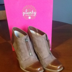 Plenty by Tracy Reese Cognac Boots