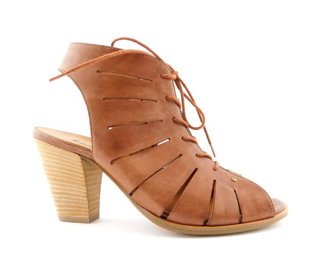 Paul Green Nougat Brown Leather Caged Peep Toe Bootie 6uk/8.5us Sandals Size US 8.5 Regular (M, B) Paul Green Nougat Brown Leather Caged Peep Toe Bootie 6uk/8.5us Sandals Size US 8.5 Regular (M, B) Image 1
