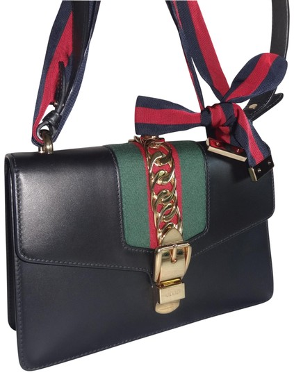 Preload https://img-static.tradesy.com/item/26489391/gucci-sylvie-small-excellent-condition-black-leather-shoulder-bag-0-2-540-540.jpg