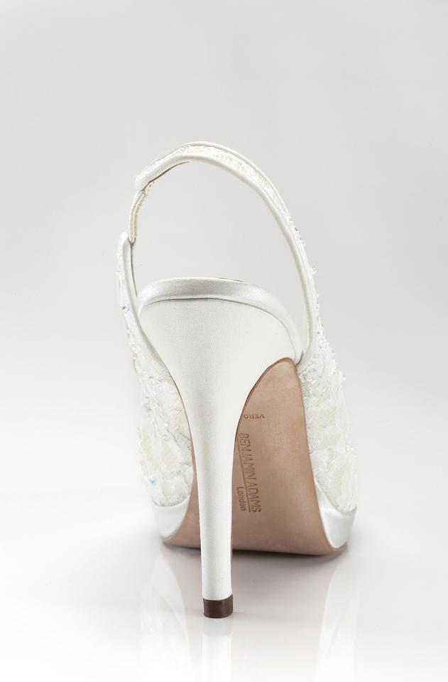 Adams Pumps Benjamin Adams Benjamin Lace Pumps Benjamin Lace Adams Ivory Ivory Ivory Lace Benjamin Pumps Adams qvfazvw