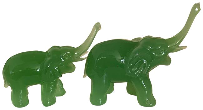 Mommy and Baby Elephant Ring Holder Mommy and Baby Elephant Ring Holder Image 1