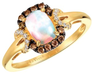 LeVian LeVian 14kt Honey Yellow Gold Ring Opal Vanilla Chocolate Diamonds 7