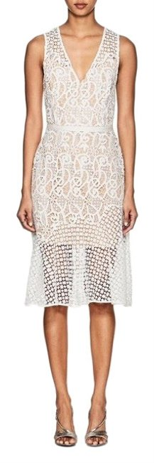 Item - White Lace And Mid-length Formal Dress Size 6 (S)