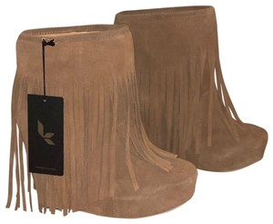 Koolaburra brown suede Boots