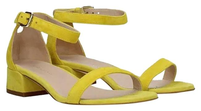 Item - Yellow Peewee Sandals Size US 6 Regular (M, B)