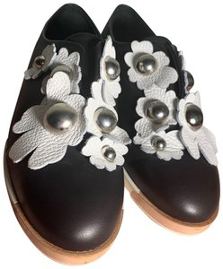 Miista black and white Flats