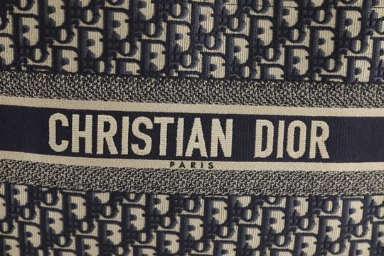 Christian Dior Canvas Tote in blue Image 6