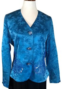 Anne Crimmins for Umi Collections Top blue