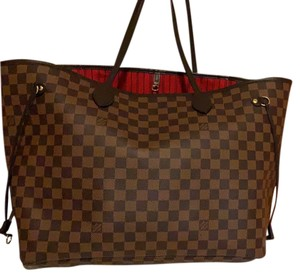 Louis Vuitton Tote in brown / red
