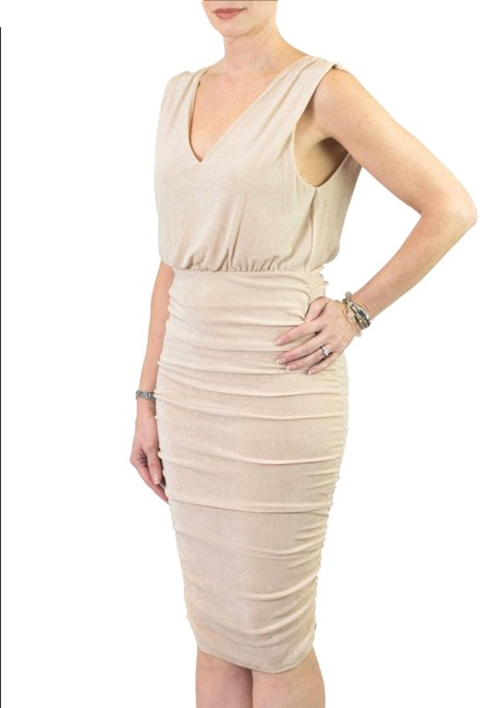 Item - Champagne Gold Sparkle Shimmer Ruched Bodycon Midi Mid-length Night Out Dress Size 6 (S)