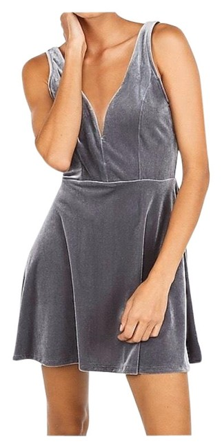 Item - Grey V-wire Short Night Out Dress Size 4 (S)