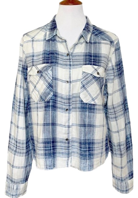 Preload https://img-static.tradesy.com/item/26512430/rock-and-republic-white-blue-fringe-hem-plaid-button-down-top-size-16-xl-plus-0x-0-1-650-650.jpg