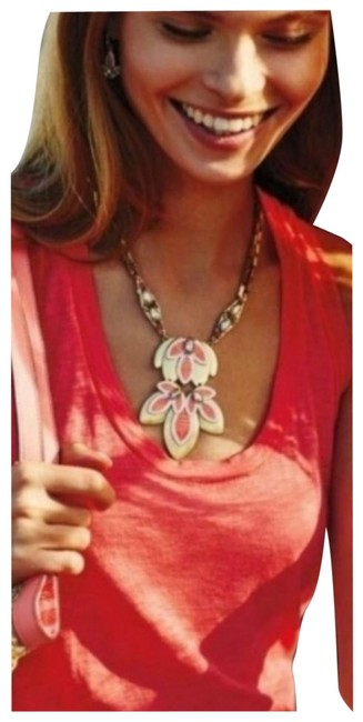 Item - Coral Hibiscus Flower Necklace