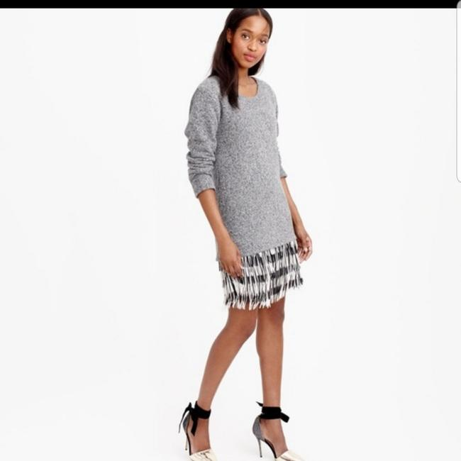 Preload https://img-static.tradesy.com/item/26512785/jcrew-pre-owned-italian-wool-cotton-blend-collection-gray-fringe-sweater-short-casual-dress-size-00--0-0-650-650.jpg