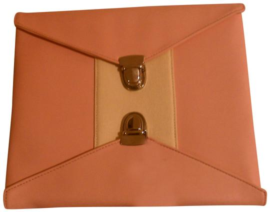 Preload https://img-static.tradesy.com/item/26514141/double-lock-pink-faux-leather-clutch-0-1-540-540.jpg