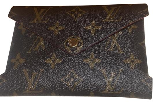 Preload https://img-static.tradesy.com/item/26520254/louis-vuitton-monogram-and-red-leather-kiragami-wallet-0-1-540-540.jpg