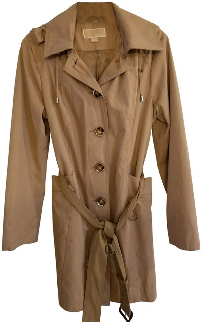 Item - Tan With Hood Coat Size 10 (M)