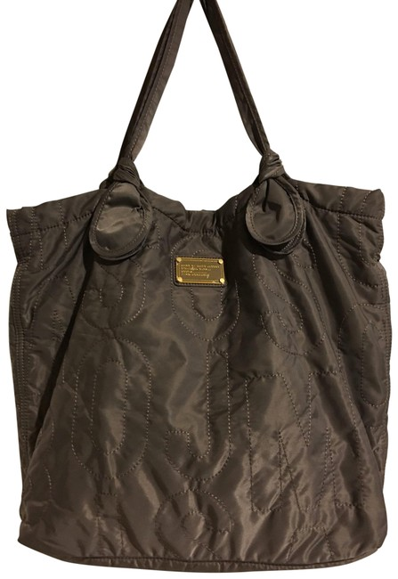Item - Bag Quilted Grey Nylon Tote