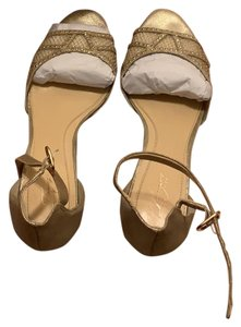 Imagine by Vince Camuto Cream/Gold Wedges