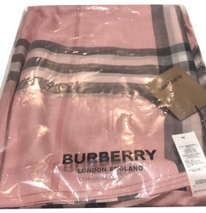 Burberry pink check Burberry