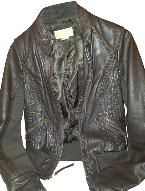 Preload https://img-static.tradesy.com/item/26530184/michael-kors-brown-bomber-jacket-size-2-xs-0-2-650-650.jpg