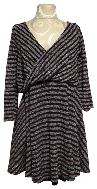 Item - Gray Urban Outfitters Short Casual Dress Size 10 (M)