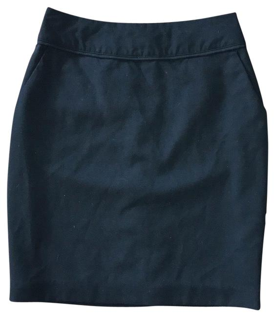 Preload https://img-static.tradesy.com/item/26530246/h-and-m-black-mini-pencil-skirt-size-6-s-28-0-1-650-650.jpg