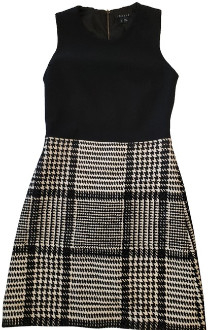 Preload https://img-static.tradesy.com/item/26530276/theory-black-and-white-mid-length-workoffice-dress-size-2-xs-0-1-650-650.jpg