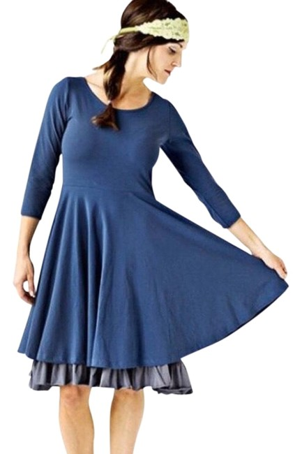 Preload https://img-static.tradesy.com/item/26530373/matilda-jane-navy-blue-gray-fairer-mid-length-workoffice-dress-size-8-m-0-1-650-650.jpg