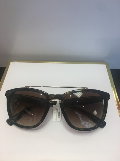 Valentino Valentino Women's VA 4002 Fashion Square Sunglasses Image 5