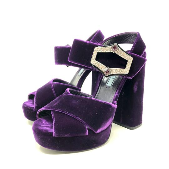 Preload https://img-static.tradesy.com/item/26530548/prada-purple-velvet-platform-sandals-size-us-75-regular-m-b-0-0-540-540.jpg