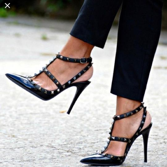 Valentino Rockstud Caged Ankle Strap Black Textured Patent Leather Pumps Image 1