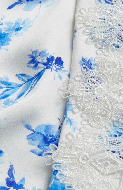 Cami NYC Top azure floral (white / blue) Image 4