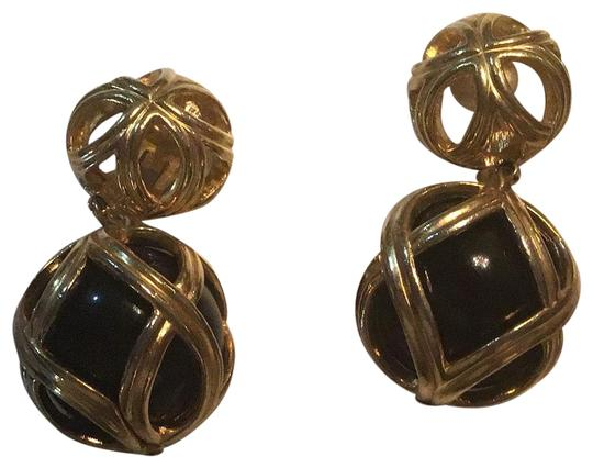 Preload https://img-static.tradesy.com/item/26530701/dior-gold-plated-black-cage-onyx-clip-on-earrings-0-1-540-540.jpg